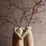 Vases amoureux, grès, oxyde et émail interieur, 160€ ( galerie Rév'Olution). Dimensions (H × L × l): 27 x 23 x 14 cm